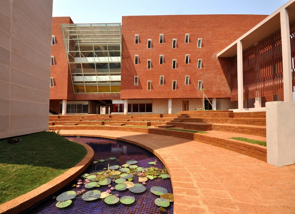 Discover the future of education – New-age classrooms at IMI Bhubaneswar